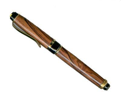 200535173112_Cigar%20walnut%20fountain%20pen%20400.jpg