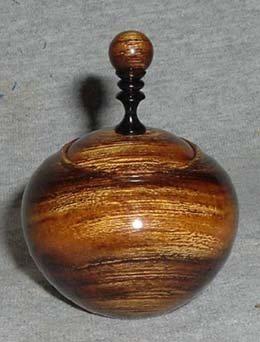 2005428145039_Desert_iron_wood_snap_lid_box.jpg