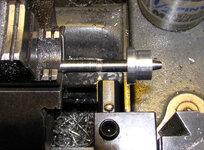 cuttingthreads1b.jpg