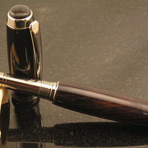 Title Ti Jr. Gent in Ebony