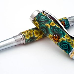 Green Rose Fountain Pen in Polymer clay
