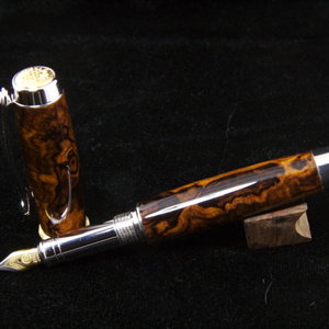 Desert Ironwood on 22k Jr Statesman Fountain Pen