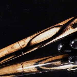 Calypso in Black and White Ebony